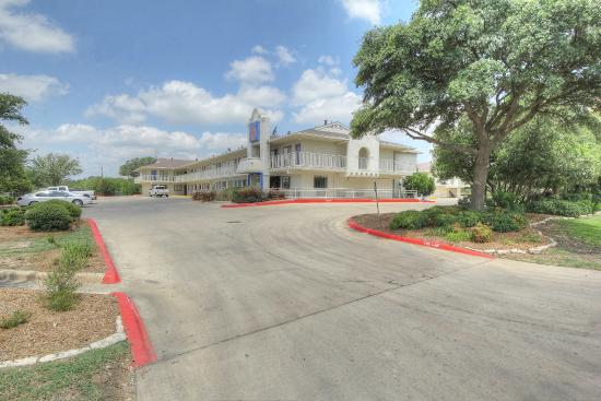 Motel 6 San Antonio Fiesta Prices Amp Reviews Tx