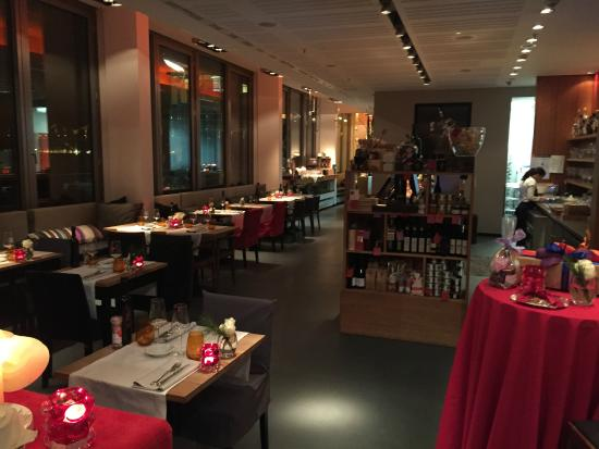 colonia vintage restaurant: