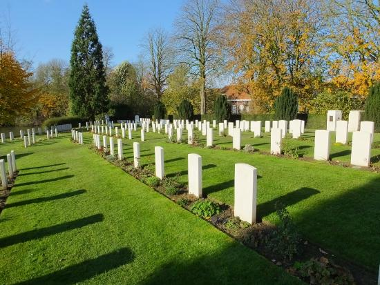 Ramparts Cemetery: A Peaceful Setting..!