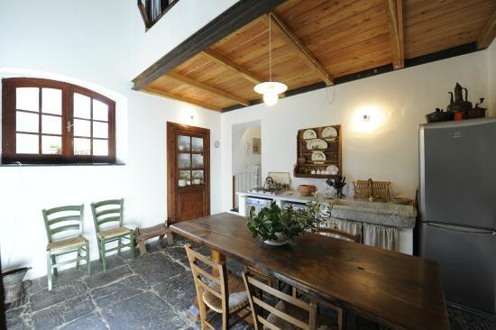 Sala da pranzo delle Macine - Picture of Casale Amati Country House ...
