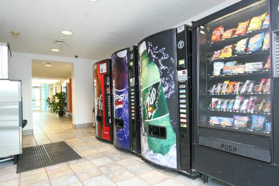 Motel 6 Burlington - Colchester: Vending