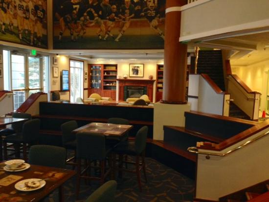Varsity Clubs of America: Welcome Lobby