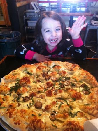Pinky G's Pizzeria: Yum!
