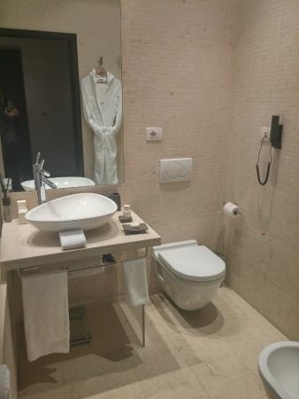 Domux Home Repubblica Luxury Apartment: BANHEIRO