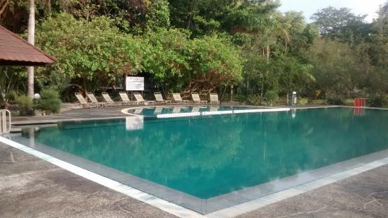 Putri Island Resort Hotel: Kolam Renang Asin