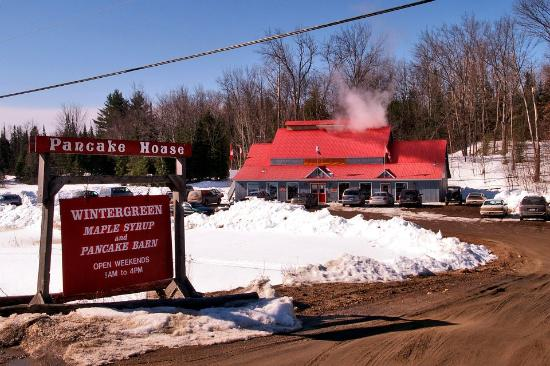 ‪Wintergreen Maple Syrup and Pancake Barn‬