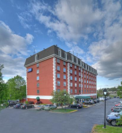 Comfort Inn at the Park: Exterior