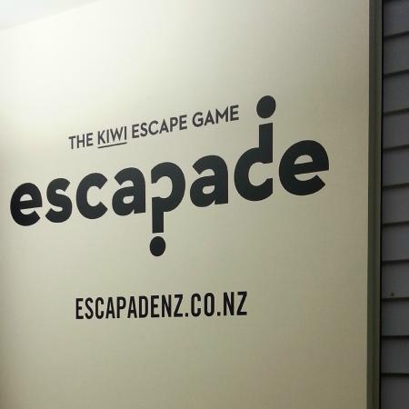 ‪Escapade NZ‬