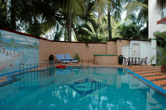 Don Hill Beach Resort: Swimming Pool Area