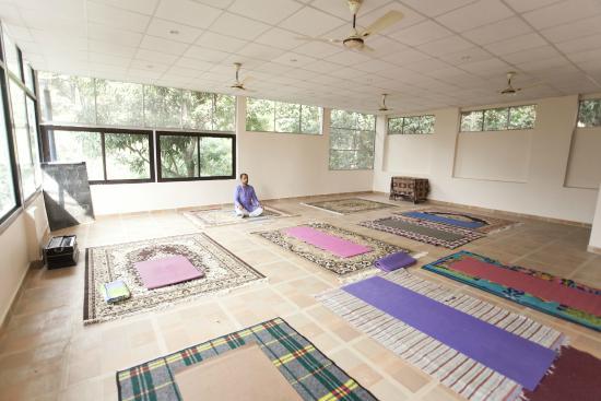 Vedic Yoga Center Yoga Meditation Hall Picture Of Vedic Yoga Centre Rishikesh Tripadvisor