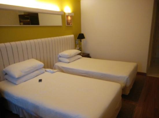 The Gateway Hotel MG Road Vijayawada: Twin beds