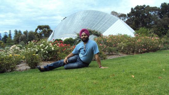 Bicentennial Conservatory : Rose Garden