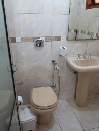 Residencial Lilian: Bathroom