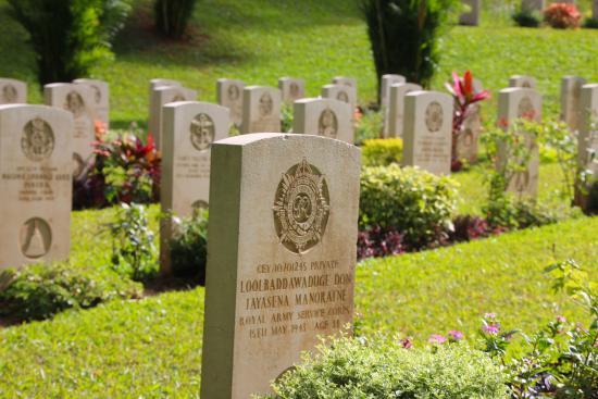 Commonwealth War Cemetery: P1