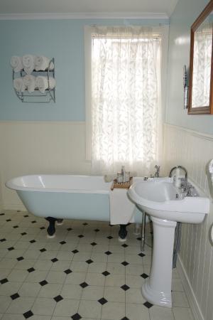 Kinloch Lodge: Bathroom