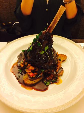 Rhapsody Restaurant: Lamm