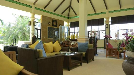 Khaolak Orchid Beach Resort: Lobby