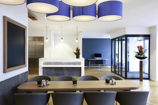 ibis Styles Geneve Gare: Hall d'accueil