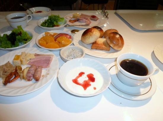 Quintessa Hotel Iseshima : 朝食バイキング