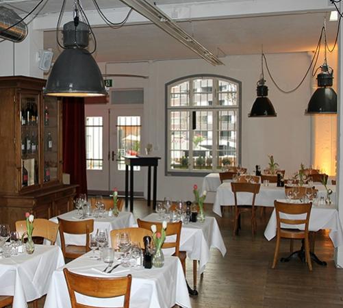 Photo of Swiss Restaurant Hofkuche at Manessestrasse 170, Zurich 8045, Switzerland
