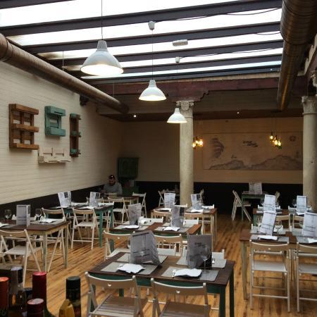 Restaurante la mar salada taberna del norte en alcal de - Cocinas en alcala de henares ...