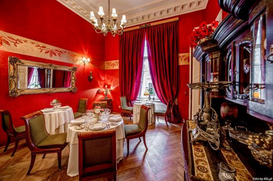 Pod Gigantami Exclusive Restaurant : Kredensowa VIP Room