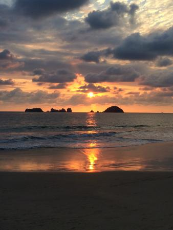 Sunscape Dorado Pacifico Ixtapa: Sunset