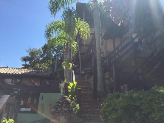 Pousada Palmeiras : Acesso aos quartos da Pousada