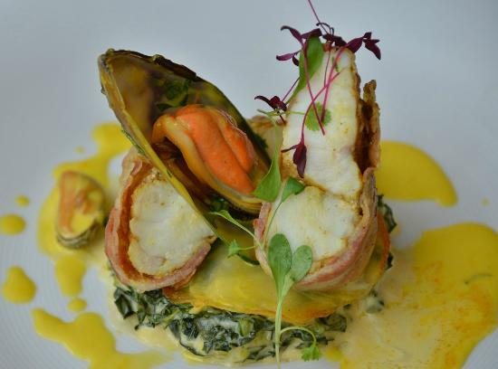 Mussel Veloute With Curry Recipe — Dishmaps