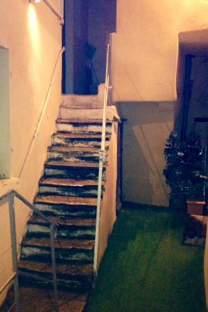 LE GOURGUILLON : Accès aux chambres