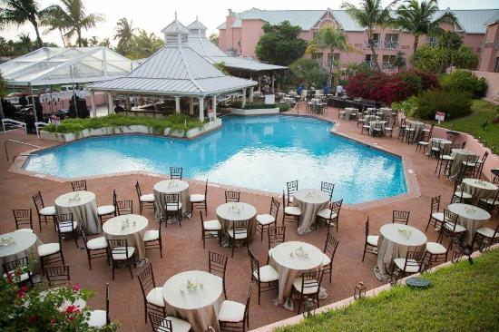 Comfort suites paradise island updated 2018 prices for Paradise motor inn prices