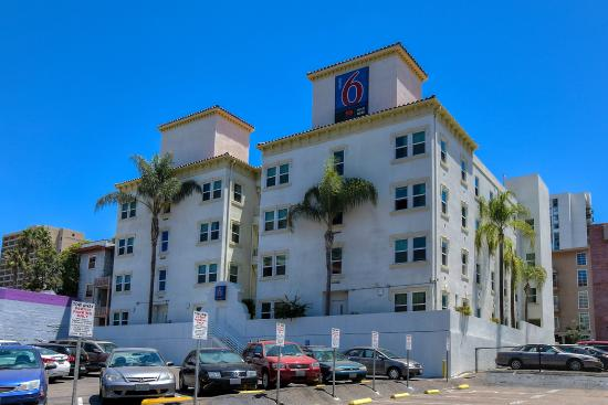 Motel 6 San Diego Downtown: Exterior