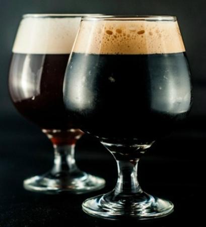 Montevideo Brew House: nuestras línea especial de cervezas fuertes / our special strong beers