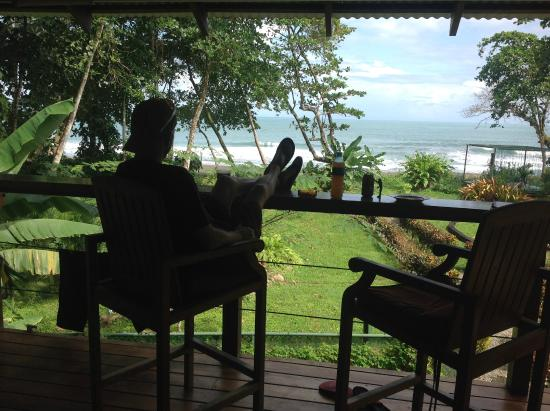 Mother Dear Ocean Cottages: Porch View
