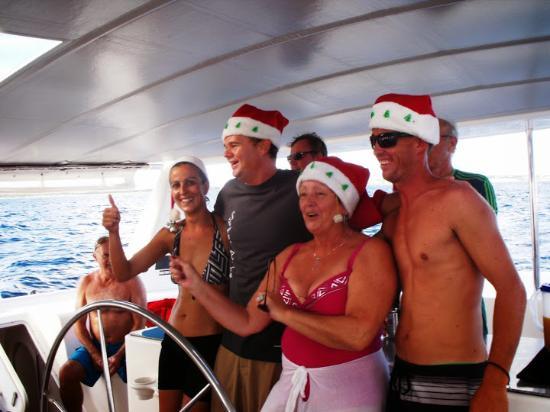 Simpson Bay (ทะเลสาบซิมป์สัน เบย์), เซนต์มาร์ติน / ซินท์มาร์เทิน: Is it Christmas aboard Sugar Rush.