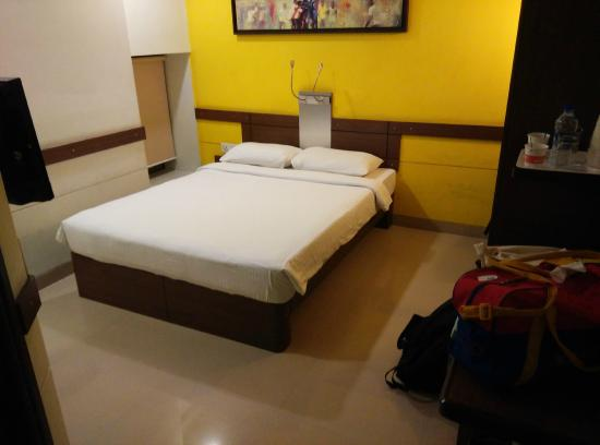 Ginger Hotel Chennai: Seems big..in reality it is very small