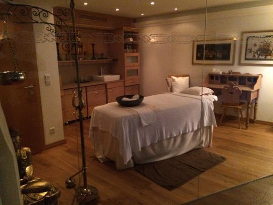 Burg Vital Resort : one of the treatment rooms