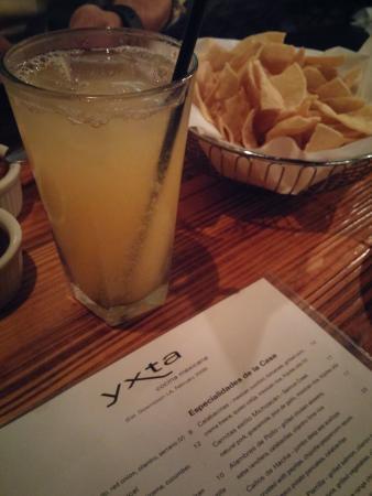 Yxta : Agua Fresca y Menu