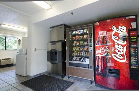 Motel 6 Washington, DC - Gaithersburg: Vending