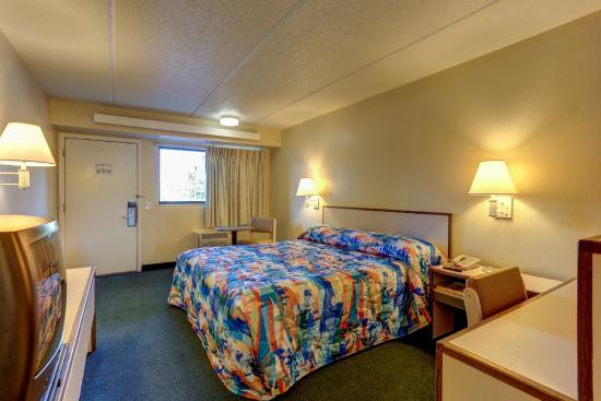 Motel 6 Memphis Downtown : Guest Room