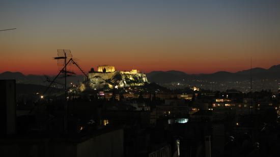Divani Caravel Hotel: acropolis view at night