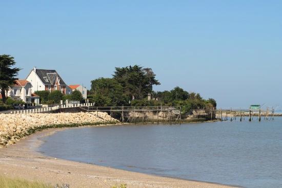 Retenue d 39 eau plage des anses port des barques rochefort oc an photo de office de tourisme - Rochefort office de tourisme ...
