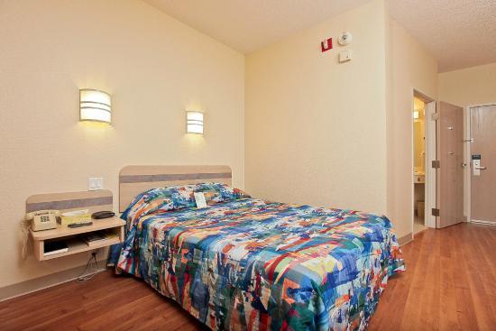 Motel 6 Toronto Brampton: Guest Room