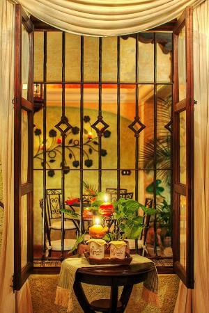 D'Leyenda Hotel: Àrea para desayunar