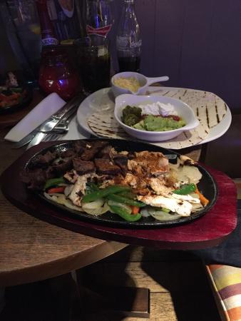 O'Neill's: Mighty Mexican Fajitas