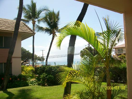Kihei Kai Nani : View to Beach Kam II