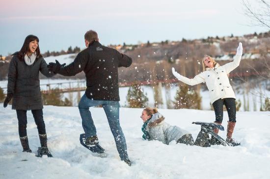 Explore Edmonton Snowshoeing