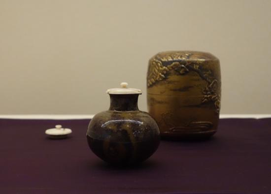Kosetsu Museum of Art : Tea caddy, Marutsubo type, owned by Rikyu