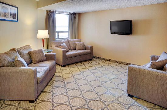 Comfort Inn Pickering: Common Room