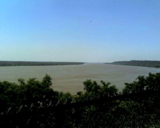 Natchez, MS: A view of the Mississippi